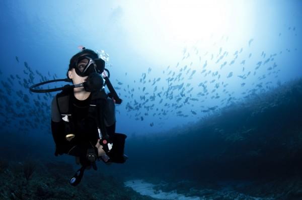 diving yoga