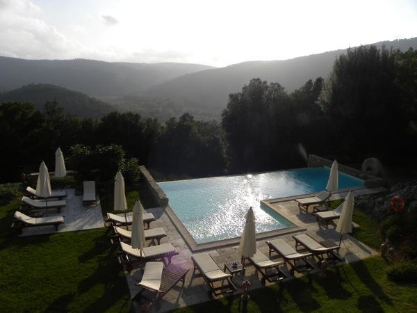 italian agriturismos montestigliano pool