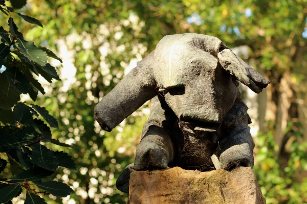 felt donkey heide sculpture park