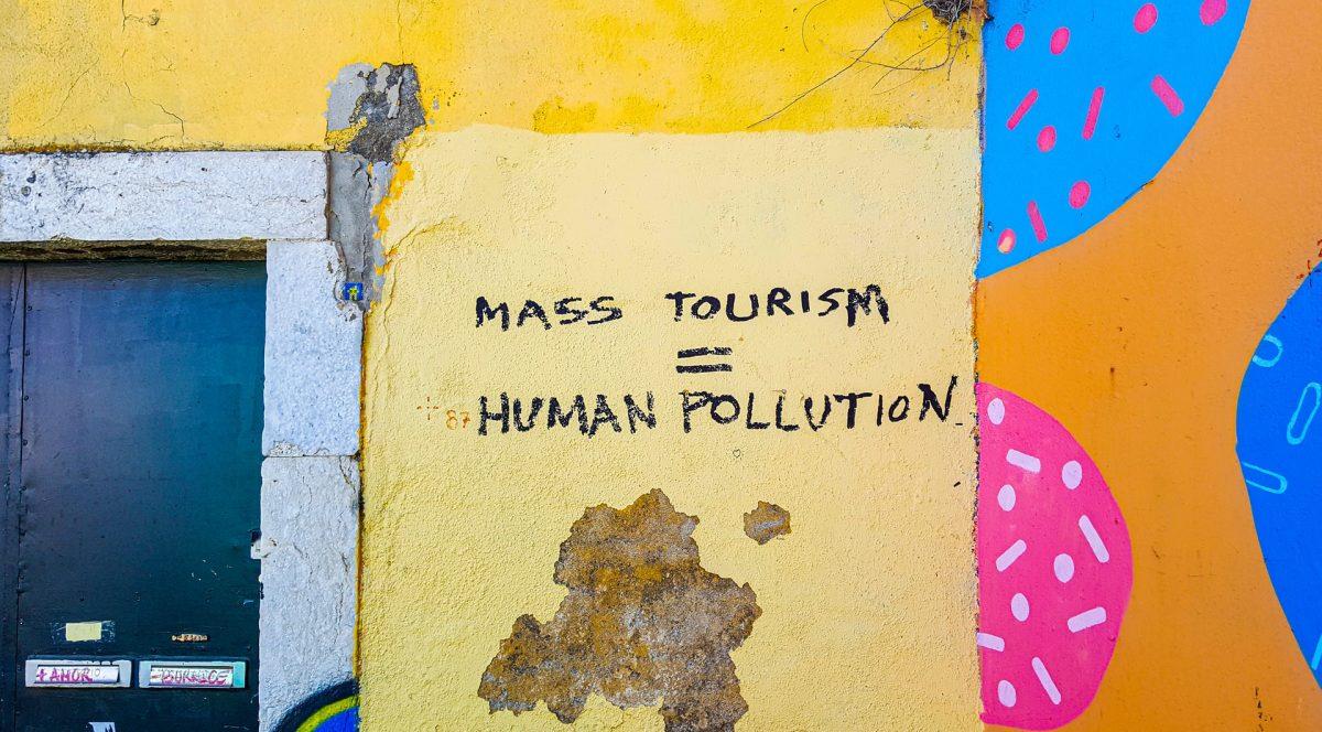 mass tourism pollution