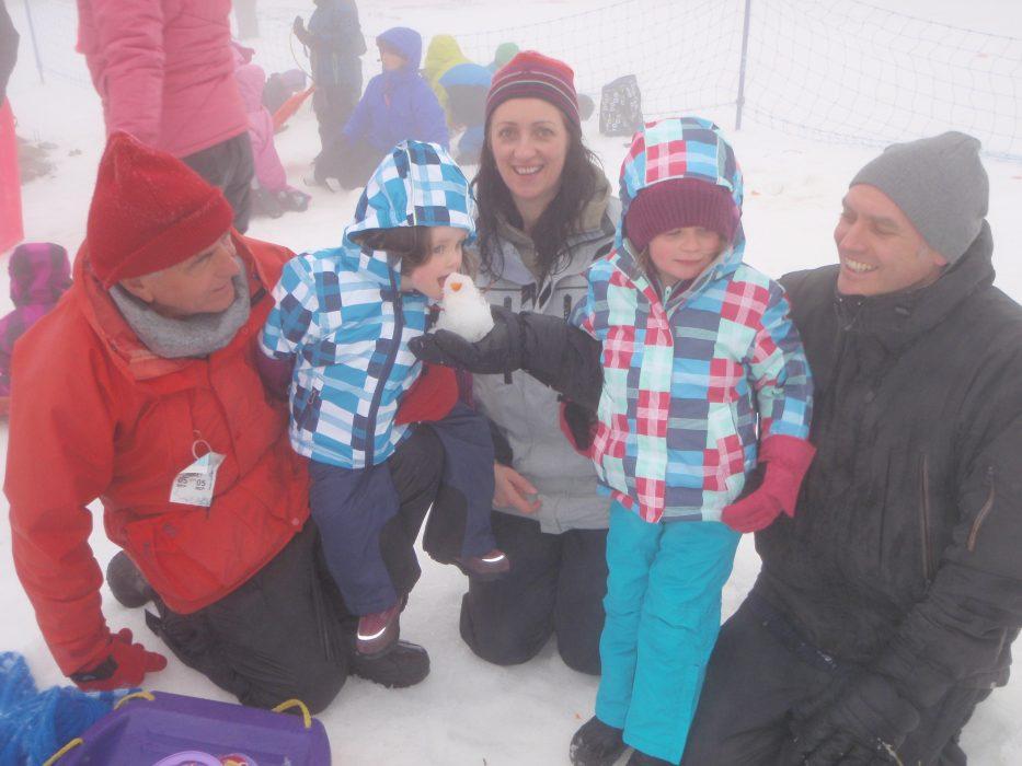 families lake mountain