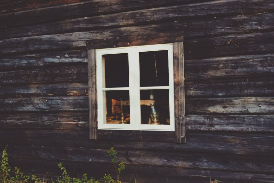 log-cabin-windows